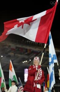 Cindy Klassen à la cérémonie de clôture des jeux de Turin. Source: http://olympic.org