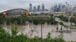 Les inondations en Alberta en 2013 avaient forcé le déplacement de plus de 100 000 personnes. (Source TVA nouvelles)